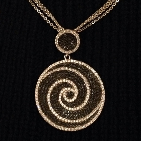 Jewelry - Beautiful piece not sure if its sterling silver